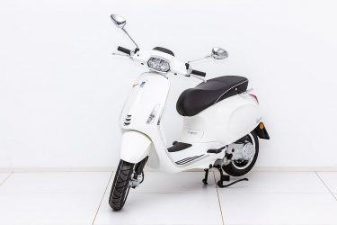 Vespa Sprint 50 4T bei Zweirad – Auto Meisinger in