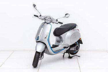 Vespa Elettrica L1 bei Zweirad – Auto Meisinger in